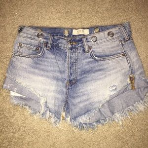Free People jean shorts - size 27